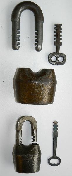 p1000845